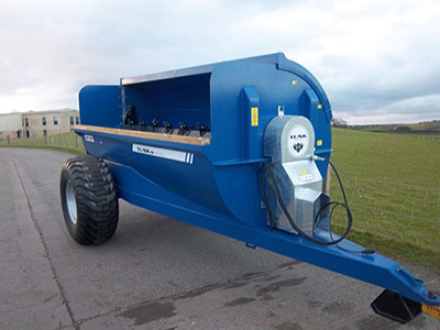 Tusk TRS 1100 Spreader